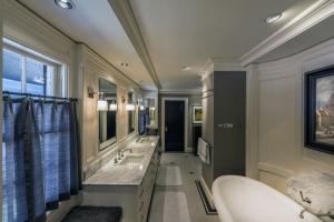 Bath-Remodel---thompson