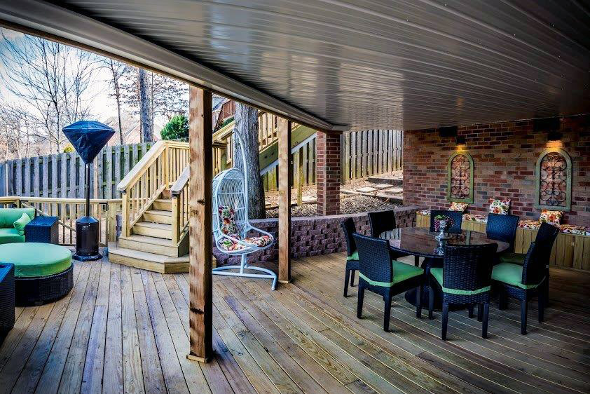 outdoor deck expanded