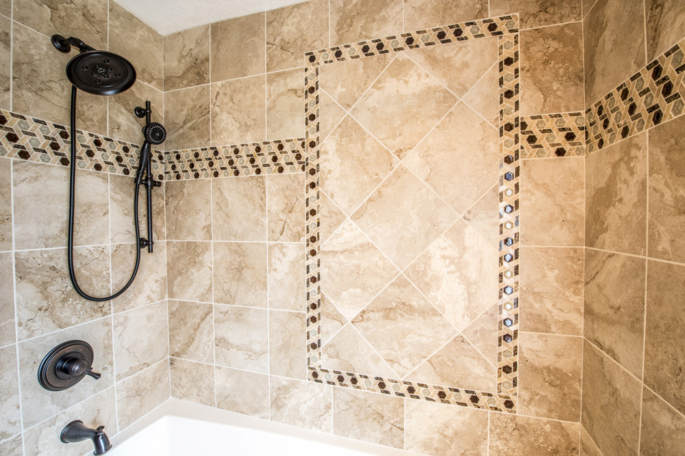 Tile Design in Walk in Master Shower